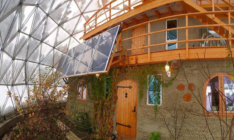 Nature-House-Garden-