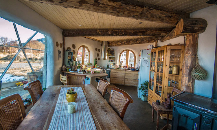Nature-House-Interior-