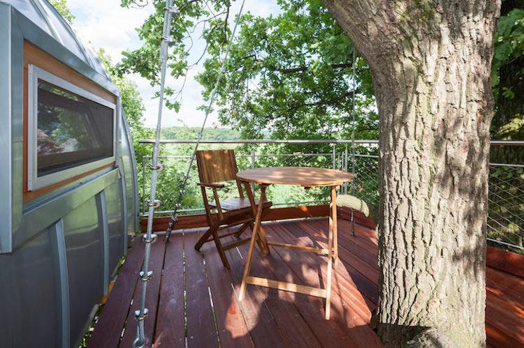 36-baumraum-tree-house-around-oak-tree-3